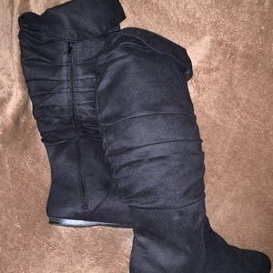Maurices new black slouchy boots 9.5 🖤🖤
